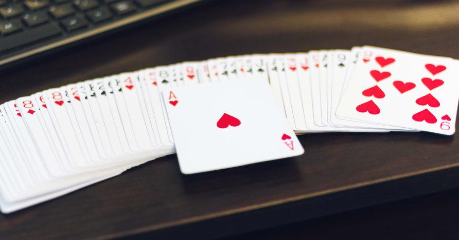 Czy gry w kasynie na żywo to nowa normalność?