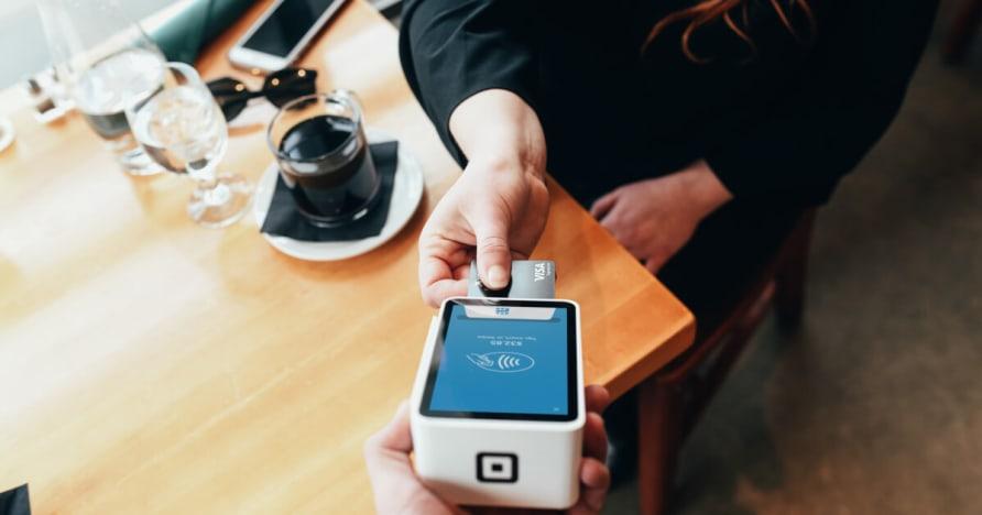 Technologia mobilna Korzyści płatności i płatności mobilnych