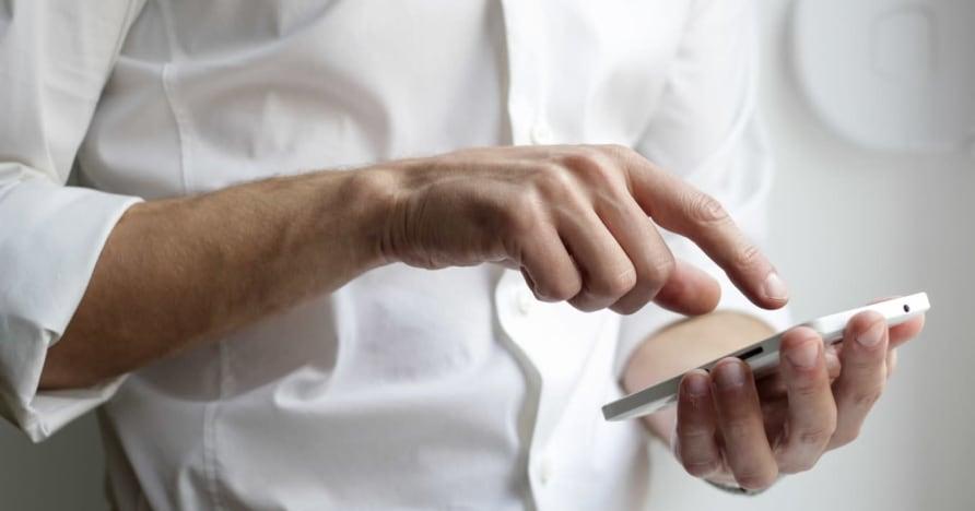 Jak działają mobilne gry kasynowe — jak znaleźć najlepsze mobilne kasyno